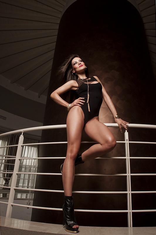 Amsterdam escort hotel fashion shooting picture 3